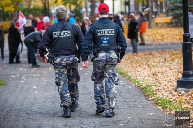 Les policiers de la Sécurité publique de Trois-Rivières... (Photo: Olivier Croteau Le Nouvelliste)