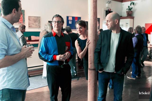 Patrice Robitaille, Robert Lepage, Julie Le Breton et... (PHOTO fournie par TVA)