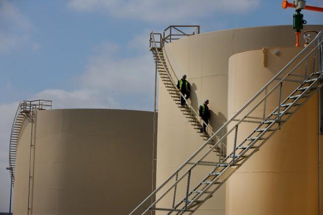 Quelques compagnies américaines du secteur énergétique ont gelé... (Photo Matthew Staver, Archives Bloomberg)