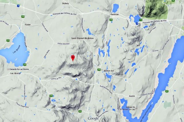 Un territoire grand de 345 hectares de forêts et de milieux humides est... (Capture d'écran Google Maps)