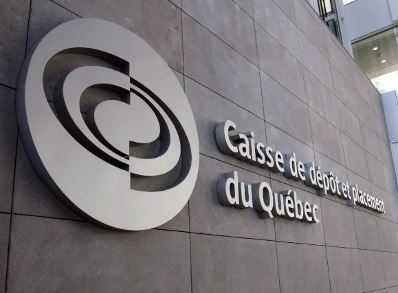 La Caisse peut investir partout dans le monde en infrastructures publiques sans... (Photo Ryan Remiorz, archives La Presse Canadienne)
