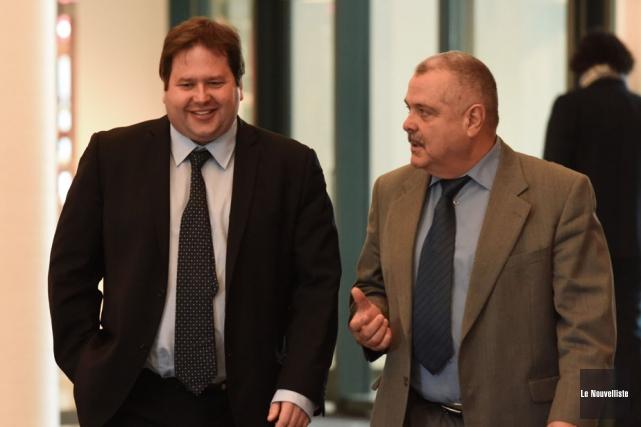 Martin Gélinas (à gauche) était accompagné mercredi de... (Photo: François Gervais, Le Nouvelliste)