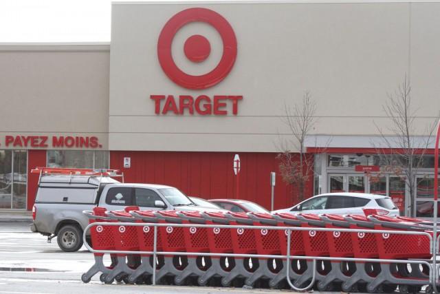 Target se retire du marché canadien et fermera ses 133 magasins au pays, une... (Étienne Ranger, Archives LeDroit)