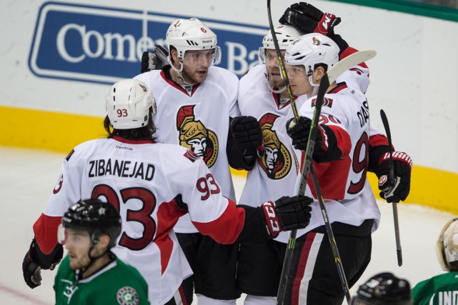 Bobby Ryan (6), Milan Michalek (9) et Alex... (Photo Jerome Miron, USA Today Sports)