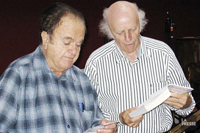 Guy Béart, aux côtés de Gilles Vigneault.... (Photo Valérie Lesage, Archives La Presse)