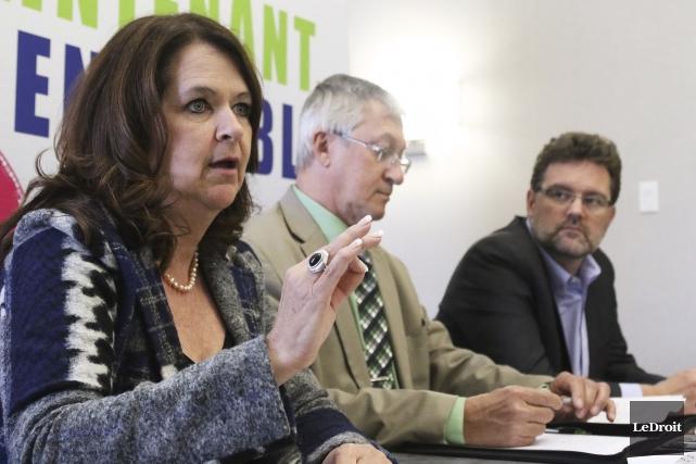 La présidente de l'UMQ, Suzanne Roy, de passage... (Patrick Woodbury, LeDroit)