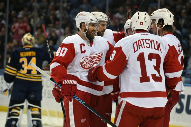 Henrik Zetterburg (40), Niklas Kronwall (55), Pavel Datsyuk... (Photo Gary Wiepert, Associated Press)