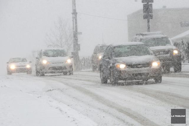 Les conditions routières se sont détériorées en Estrie au cours des dernières... (Archives La Tribune)