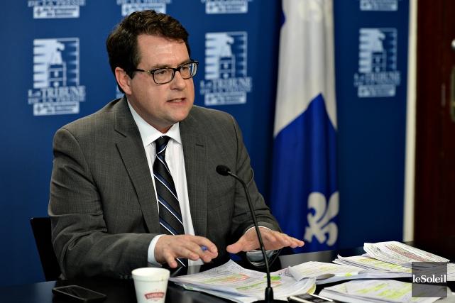 Le député Bernard Drainville est revenu à la... (Photo Le Soleil, Patrice Laroche)