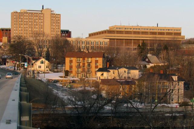 La situation du Cégep de Sherbrooke est particulièrement... (Photo Wikimedia Commons)