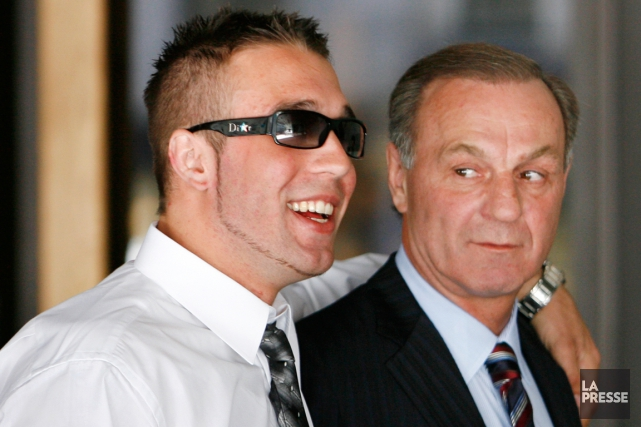Mark et Guy Lafleur... (PHOTO ROBERT SKINNER, ARCHIVES LA PRESSE)
