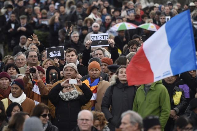 Des centaines de milliers de personnes ont marché... (PHOTO MARTIN BUREAU, ARCHIVES AFP)