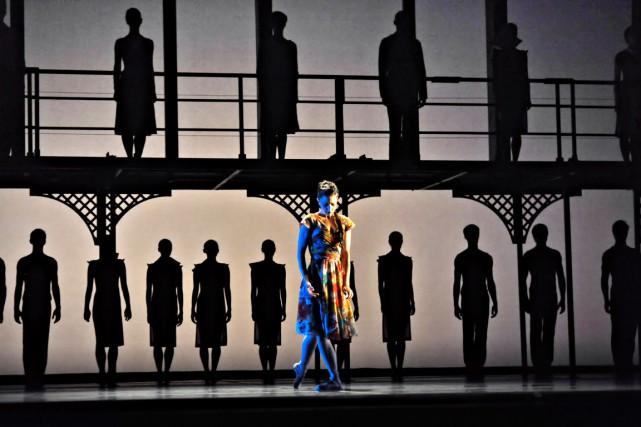 Oubliez le ballet version jolis tutus, minois minaudant et sirupeux flonflons.... (Courtoisie)
