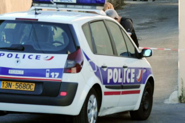 Les polices française, allemande, belge et irlandaise ont... (PHOTO BORIS HORVAT, ARCHIVES AFP)