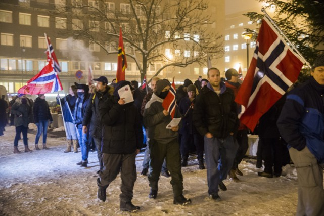 Deux cent sympathisants de PEGIDA manifestant à Oslo.... (PHOTO ARCHIVES AGENCE FRANCE-PRESSE)