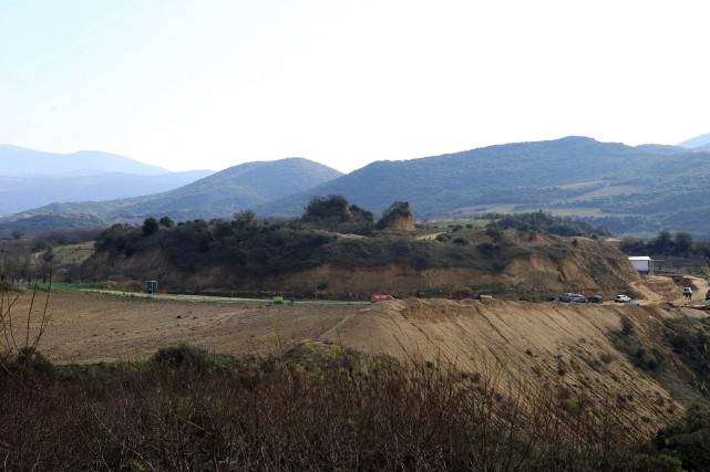 Casta Hill, près du tombeau antique d'Amphipolis.... (PHOTO GRIGORIS SIAMIDIS, ARCHIVES ASSOCIATED PRESS)