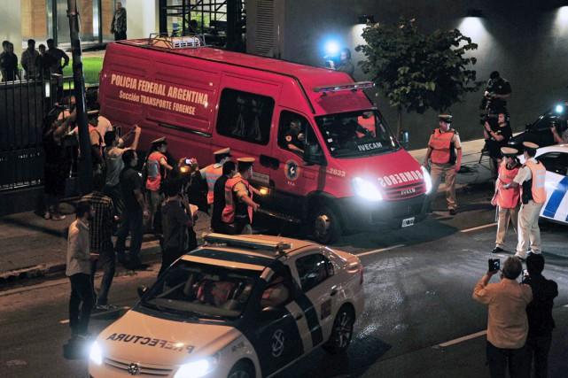 Dans la nuit de dimanche à lundi, Alberto... (PHOTO CLAUDIO FANCHI, AFP/TELAM)