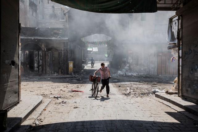 La barbarie et la guerre constituent le quotidien... (Archives La Presse)