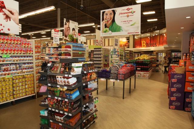 Alors qu'en 2015 le panier d'épicerie continuera de coûter plus cher aux... (Archives)