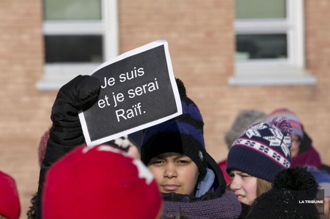 Une pétition et une page Facebook ont été créées samedi pour demander au comité... (Imacom, René Marquis)