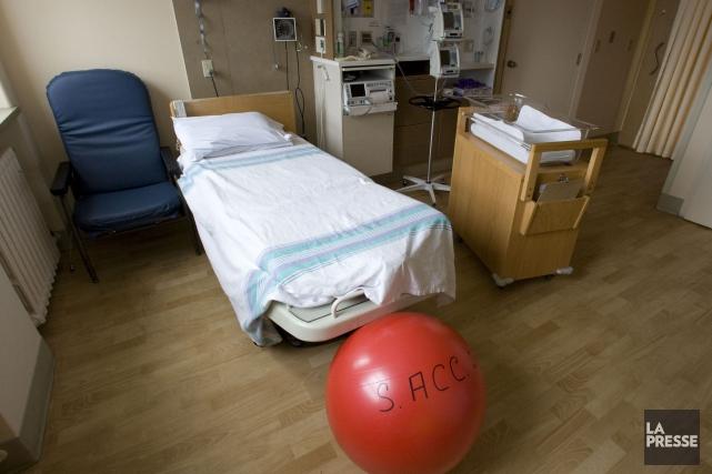 Le coût d'un accouchement au Québec varie notamment... (PHOTO ARCHIVES LA PRESSE)