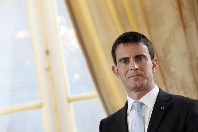 Le premier ministre français Manuel Vallslors de ses... (PHOTO PATRICK KOVARIK, AFP)