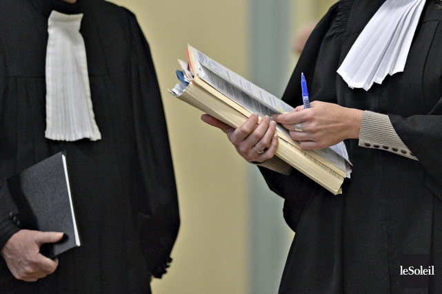 La poursuite déposée porte selon les 13 membres... (PHOTO ARCHIVES LE SOLEIL)