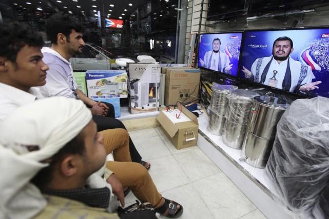 Dans un long discours prononcé à la télévision,... (PHOTO MOHAMED AL-SAYAGHI, REUTERS)