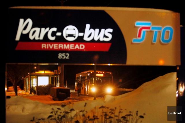 Le parc-o-bus Rivermead.... (Simon Séguin-Bertrand, LeDroit)