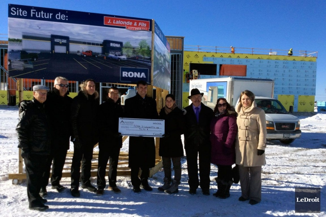 L'ouverture de ce nouveau magasin Rona créera 25... (Samuel Blais-Gauthier, LeDroit)