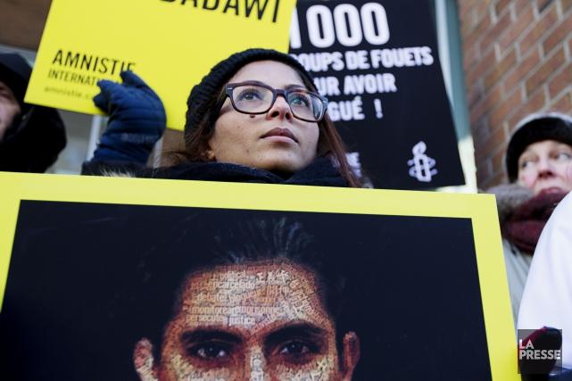 Ensaf Haidar, lors d'une manifestation tenue à Montréal... (Archives La Presse)