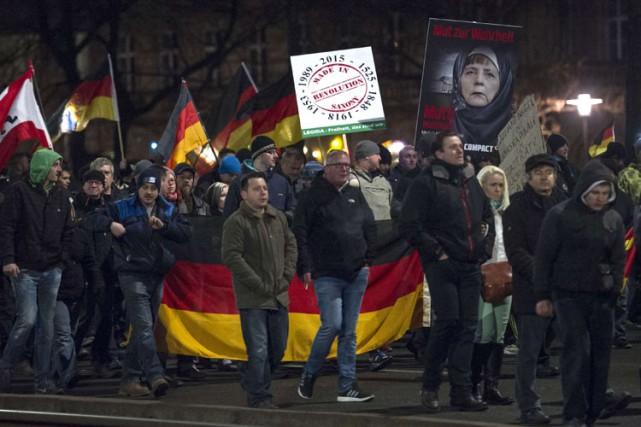 Les organisateurs du défilé de Leipzig sont décrits... (Photo: Reuters)