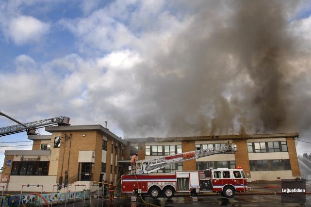 Lorsque Dominique Gauthier a incendié l'école Le Roseau... ((Archives Le Quotidien))
