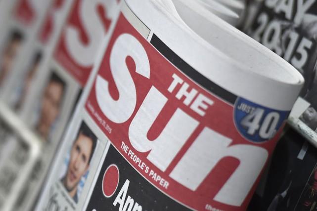 La fille aux seins nus a réapparu jeudi en page 3 du Sun, faisant... (Photo: Reuters)