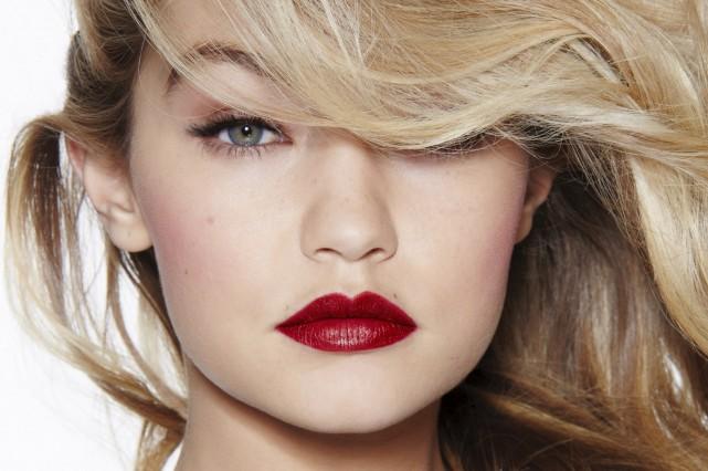 Les rouges à lèvres affichent leurs couleurs. Le... (Photo fournie par Maybelline)