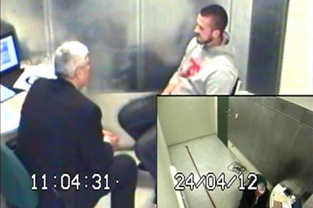 Lors de son interrogatoire,Jean-Michel Legault (à droite) a... (PHOTO TIRÉE D'UNE VIDÉO DÉPOSÉE À LA COUR)