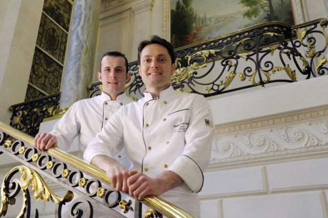 Jean-Francois Bury et Thomas Guichard, deux des trois... (Photo ERIC PIERMONT, AFP)