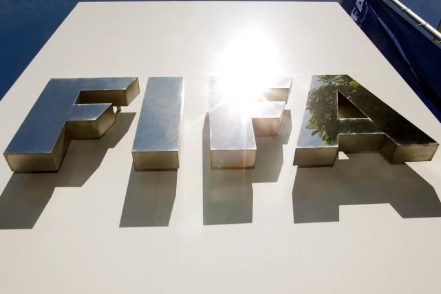 La FIFA, que Sony et la compagnie aérienne Emirates avaient déjà cessé de... (Photo Arnd Wiegmann, Reuters)