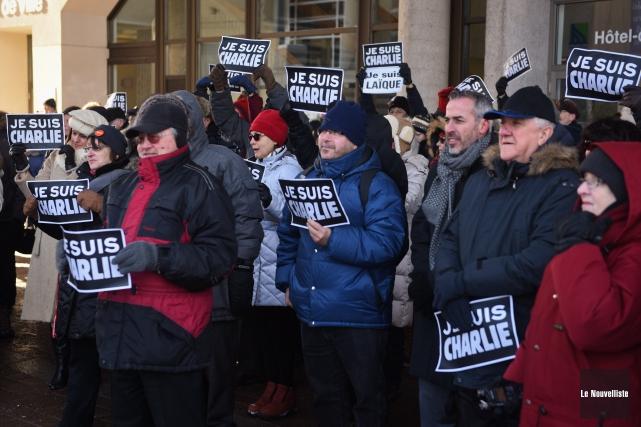 L'un des journalistes deCharlie Hebdo qui a survécu... (Photo: François Gervais Le Nouvelliste)