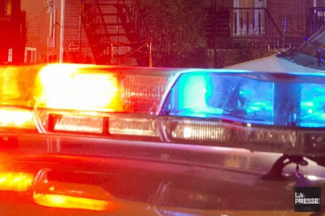 Une courte poursuite policière, débutée sur la rue Notre-Dame au centre-ville... (PHOTO ARCHIVES, LA PRESSE)