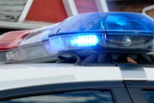 Une policière a eu le nez fracturé, mais est quand même parvenue à arrêter une...