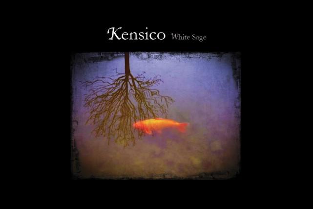 Kensico se dit nomade, ce dont on ne doute pas, à sillonner ses paysages...