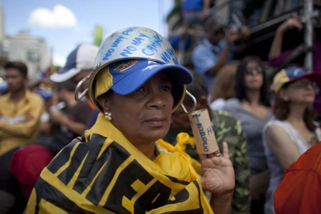 Les manifestants ont surtout protesté contre les pénuries... (Photo Ariana Cubillos, AP)