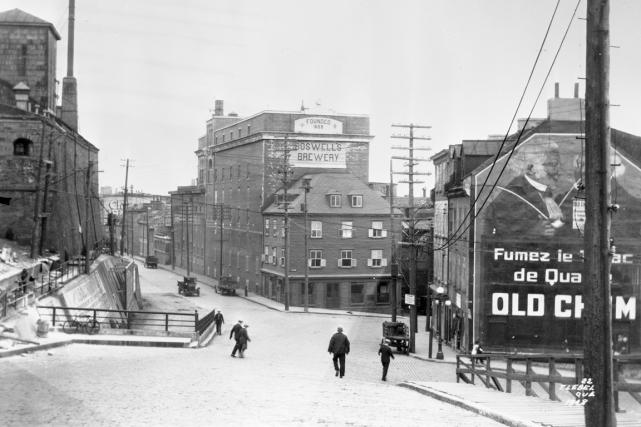La côte du Palais en 1928... (Archives Ville de Québec, N017613)