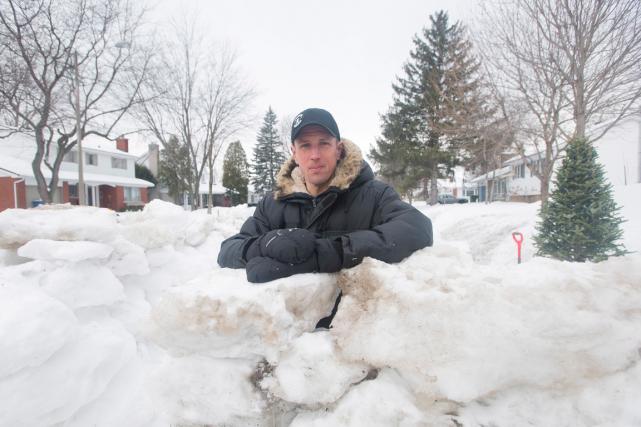 Le fort de neige des quatre enfants de... (La presse canadienne)