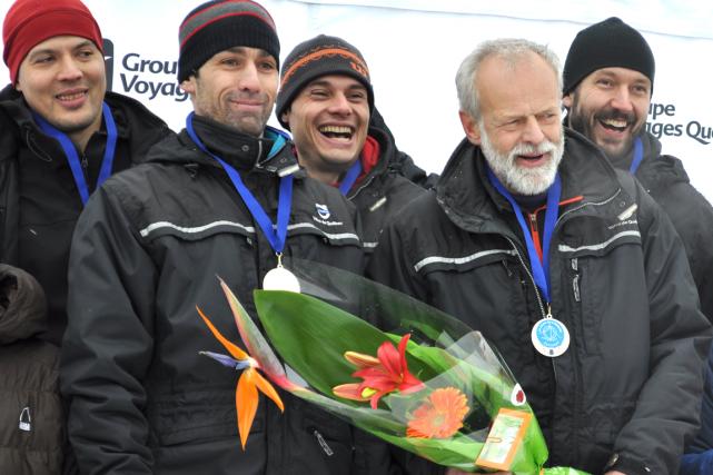 L'équipe Volvo du capitaine Benoît Gilbert (en avant... (Photo collaboration spéciale, Johanne Martin)