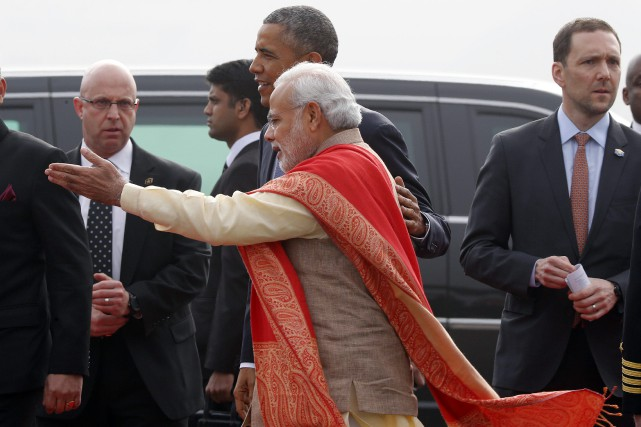 Barack Obama aux côtés du premier ministre indien Narendra... (PHOTO JIM BOURG, REUTERS)