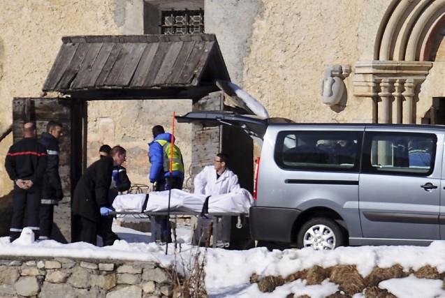 Les corps de six skieurs français ont été retrouvés après avoir été engloutis... (PHOTO JEAN-PIERRE CLATOT, AFP)