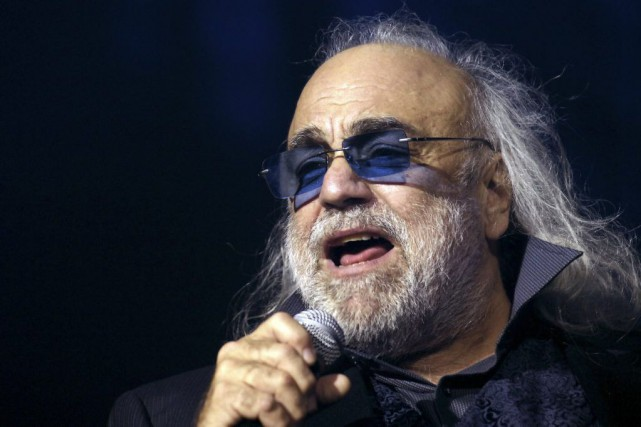 Demis Roussos en 2006.... (PHOTO STEPHANE DE SAKUTIN, ARCHIVES AGENCE FRANCE-PRESSE)