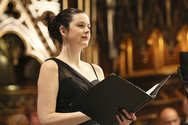Travailleuse autonome, la mezzo-soprano Maude Brunet a rapidement... (PHOTO JEAN-PAUL DESJARDINS, FOURNIE PAR MAUDE BRUNET)